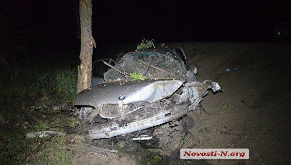 BMW на еврономерах слетел с дороги под Николаевом