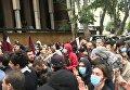 Акция протеста с участием молодежи возобновилась в центре Тбилиси