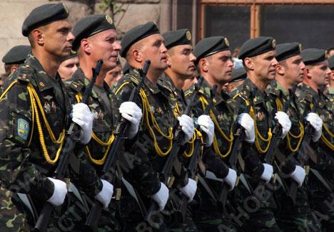 Военный парад в Киеве в День Независимости Украины.. Фото: © Р�?А Новости. Фото Александра Мазуркевича.