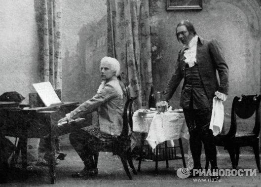 Василий Шкафер в роли Моцарта и Федор Шаляпин в роли Сальери