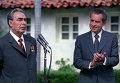 Генеральный секретарь ЦК КПСС Л. И. Брежнев и Президент США Р. Никсон