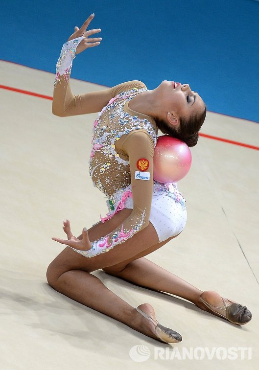 Чемпионат мира по художественной гимнастике 2013 монета 25 рублей 1896 цена