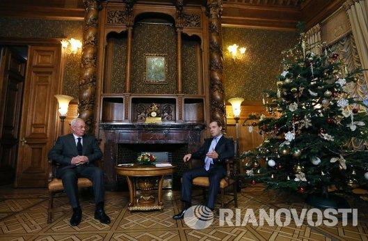 Дмитрий Медведев и Николай Азаров - встреча в Москве