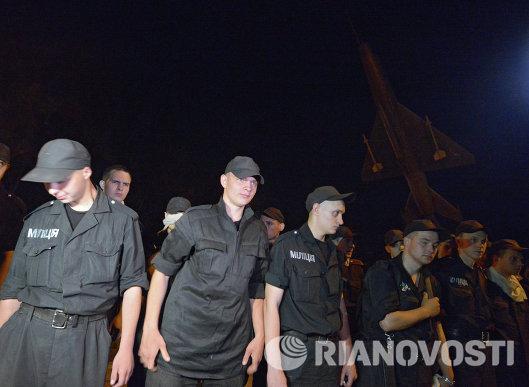 Солдаты-милиционеры воинской части в Луганске