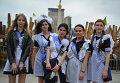 Выпускники школ на Майдане Незалежности