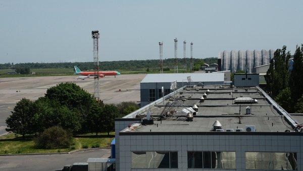 Возле аэропорта Донецка