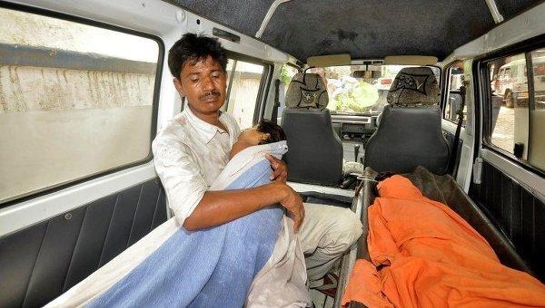 ВИндии 30 детей скончались вгоспитале из-за трудностей  сподачей кислорода