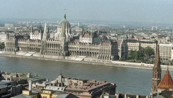 Вид на здание Будапештского парламента