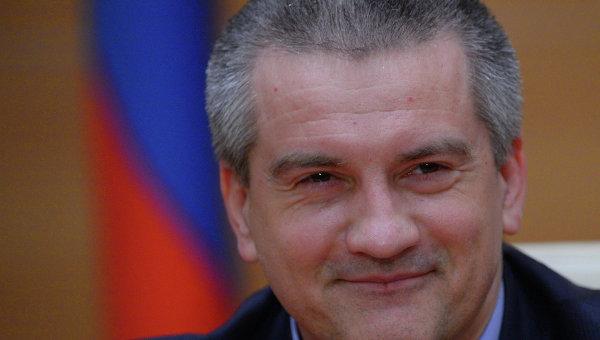 Руководитель Крыма считает, что власть в РФ должна находиться вруках царя