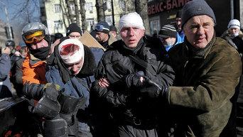 Столкновения на Майдане в Киеве во время Революции достоинства. Архивное фото