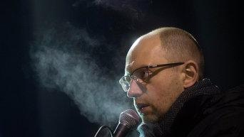 Арсений Яценюк на Майдане