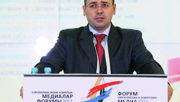 Константин Симонов. Архивное фото