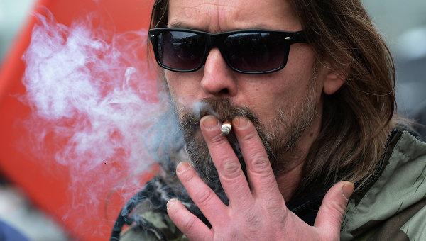 Лидер рок-группы Коррозия металла Сергей Паук Троицкий