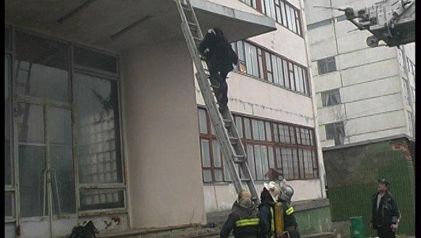 Пожар на территории завода Хартрон в Харькове