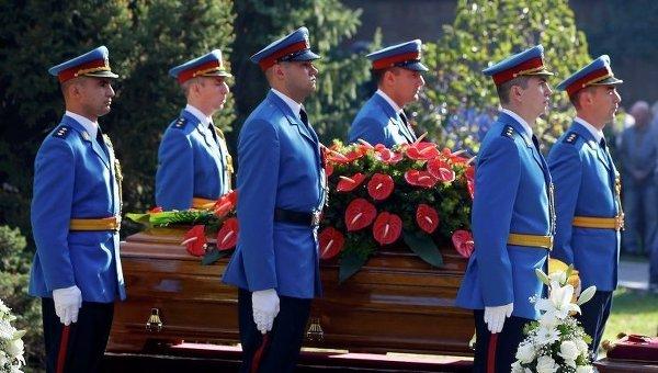 Похороны вдовы Тито Йованки Броз в Сербии. Фото с места события