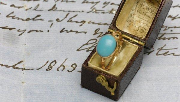 Золотое кольцо, принадлежавшее английской писательнице Джейн Остин