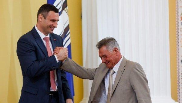 Виталий Кличко и Александр Омельченко. Архивное фото