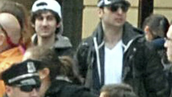 Джохар Царнаев (слева) и его брат Тамерлан (справа). Архивное фото