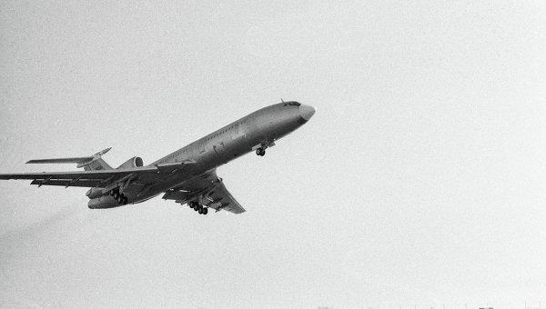 Самолет Ту-154