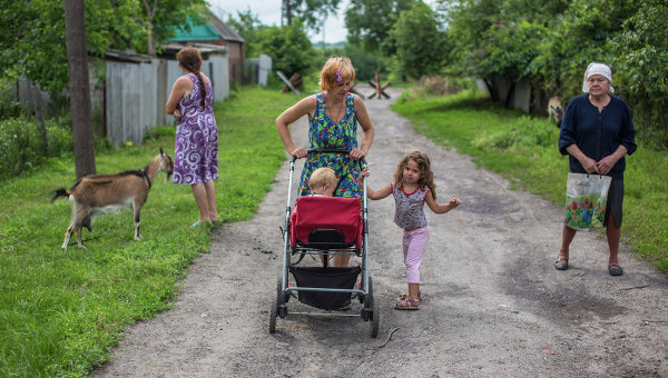 Женщины с детьми. Архивное фото