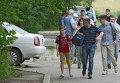 Жители покидают свои дома на востоке Украины
