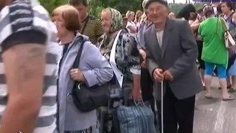 Жители Славянска массово покидают город