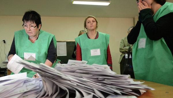 Подсчет голосов по выборам в Грузии. Архивное фото