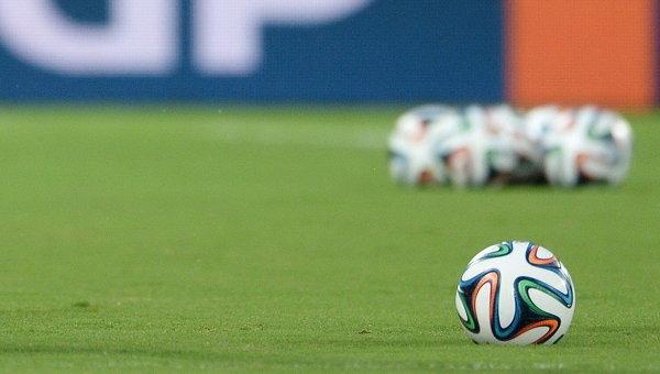 Футбольный мяч на ЧМ-2014