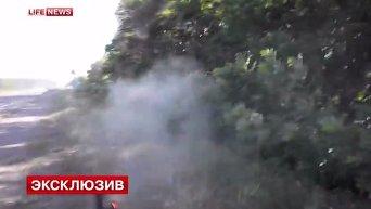 Лайфньюз опубликовал видео перестрелки ополченцев и батальона Айдар