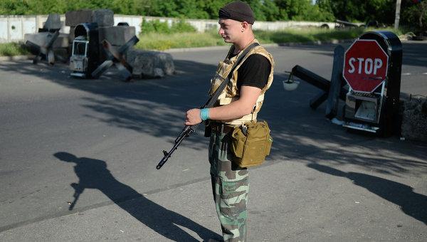 Ополченцы опровергли сообщение о захвате Госказначейства в Луганске
