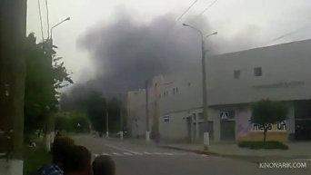 Взрывы в районе автовокзала в Луганске. Видео