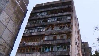 Дома Луганск после обстрела. Видео