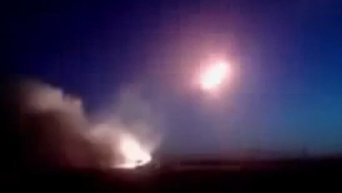 Ополченцы обстреливают силовиков из Града. Видео