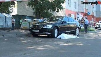 Мэр Кременчуга Олег Бабаев убит у своего дома выстрелом в грудь. Видео