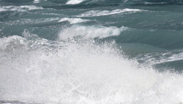 Один человек погиб в Великобритании из-за обрушившегося на страну шторма