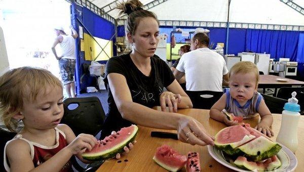 Переселенцы из Донбасса. Архивное фото