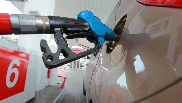 Коломойскому отказали вограничении импорт топлива