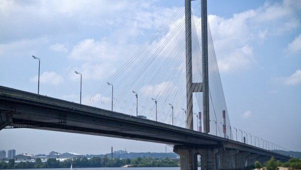 ВКиеве наЮжном мосту будут пробки доконца октября