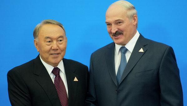 Назарбаев и Лукашенко обсудили ситуацию в Донбассе