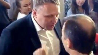 Депутат Ляшко в Раде получил по лицу от депутата Шевченко. Видео