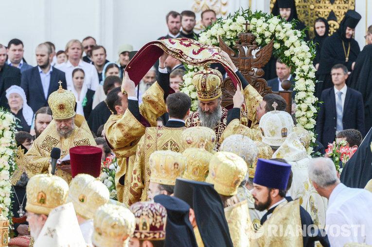 Интронизация митрополита Онуфрия