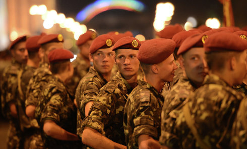 Ночная репетиция парада в честь Дня независимости в Киеве