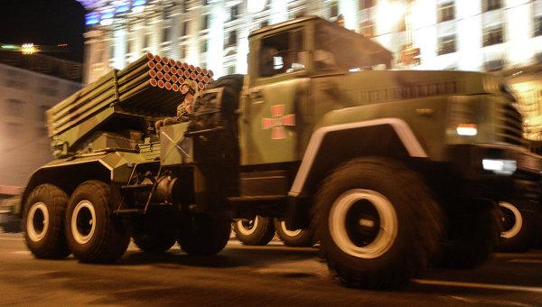 Ночная репетиция парада в честь Дня независимости в Киеве. Архивное фото