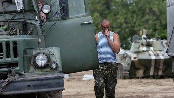 Украинский военный в Дебальцево