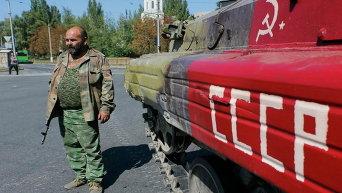 Ополченец в Донецке