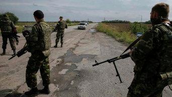 Солдаты Нацгвардии на КПП под Славяносербском