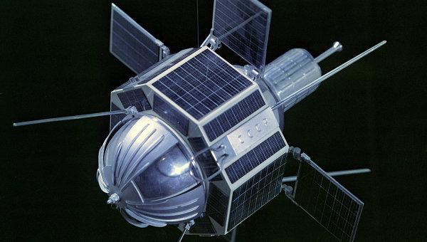 Спутник связи. Архивное фото