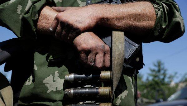 Ополченец в Донбассе. Архивное фото