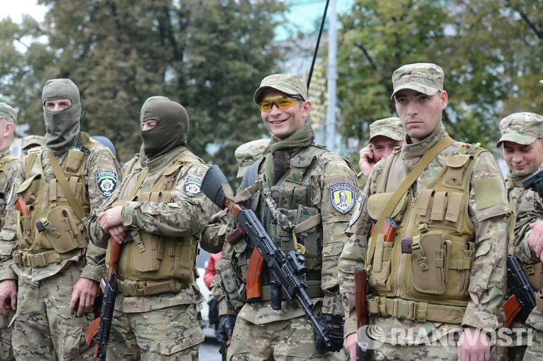 Отправление на фронт второй группы бойцов батальона Сич
