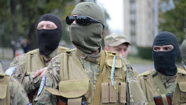 Отправление на фронт второй группы бойцов батальона Сич. Архивное фото